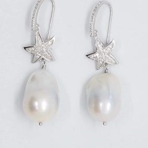 orecchini perle scaramazze barocche con stella Orecchini Perle Scaramazze Barocche con Stella 50512712 2241617145863050 2237359158678519808 n 300x300