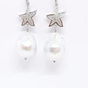 orecchini perle scaramazze barocche con stella Orecchini con Perle Scaramazze Barocche con Stella 66428468 2365394770372732 3881345534325161984 n 300x300