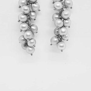 orecchini con grappoli di perle grigie Orecchini con grappoli di perle di fiume grigie 66498835 363190971060576 6510528056837275648 n 300x300
