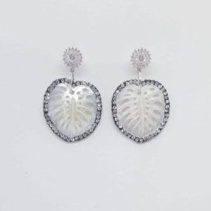 orecchini argento e madreperla Orecchini argento e madreperla cod. 0070 7