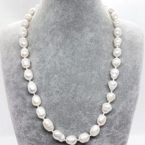 collana perle classica Collana Perle Classica 76645558 1282321325281588 9038526711838277632 n 300x300