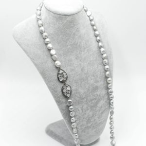 collana lunga perle grigie collana con perle Collana con perle naturali grigie DSC05487 300x300