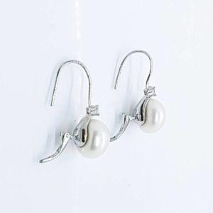 orecchini con perla bianca Orecchini con Perla Bianca di Fiume Naturale e Zircone 66763861 370530493605681 4959262105191579648 n 1 300x300