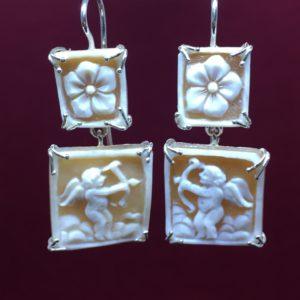 collana girocollo con lapislazzuli e con perle di fiume naturali Orecchini con Cammeo e con Perle di Fiume Naturali IMG E2786 300x300