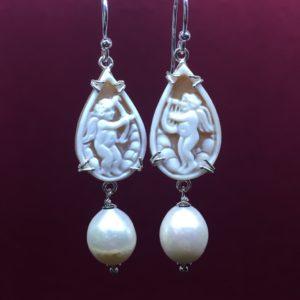 collana girocollo con lapislazzuli e con perle di fiume naturali Orecchini con Cammeo e con Perle di Fiume Naturali IMG E2813 300x300
