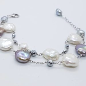 bracciale con perle scaramazze barocche e con perle di fiume bracciale con perle scaramazze barocche e con perle di fiume Bracciale con Perle Scaramazze Barocche e con Perle di Fiume 56702324 429078487852310 8222623027431473152 n 300x300