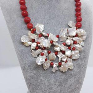 Collana con perle naturali e con perle di pasta di corallo collana con perle Collana con perle naturali e con perle di pasta di corallo 56734893 272476863693155 7305470501248303104 n 300x300