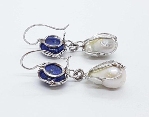 orecchini con perle scaramazze barocche e con lapislazzuli