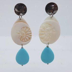 Orecchini con cammeo e con perla di pasta di turchese orecchini con cammeo Orecchini con cammeo e con perla di pasta di turchese 0182 300x300