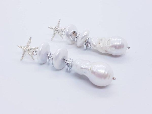 Orecchini in argento con perle coltivate e con perle scaramazze