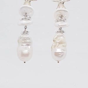 orecchini in argento Orecchini in argento con perle coltivate e con perle scaramazze 66499729 726518351097914 739463918056898560 n 300x300