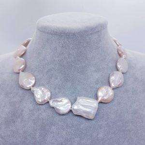 parure collana e orecchini Collana a girocollo con perle scaramazze rosa 77081697 447011552685280 534708529110450176 n 300x300