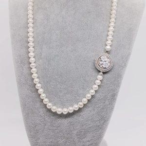 collana con perle Collana con perle naturali e cammeo 66426143 2429031423998025 3546468686602698752 n 300x300
