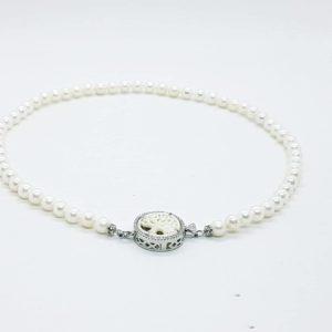 collana classica con perle coltivate e albero della vita Collana classica con perle coltivate e albero della vita cl67 300x300