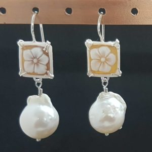 orecchini con cammeo e perla scaramazza Orecchini con cammeo e perla scaramazza 79839946 386418868805815 1276215279642214400 n 300x300