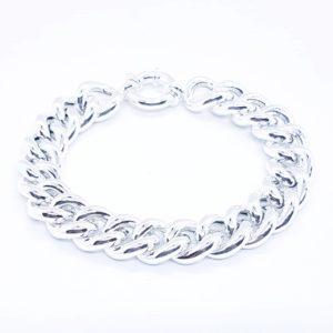 bracciale a maglie in argento Bracciale a maglie in argento 84292131 621751428399212 7176337134058471424 n 300x300