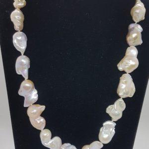 collana regina con perle scaramazze