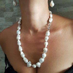 collana infinito con perle scaramazze e argento